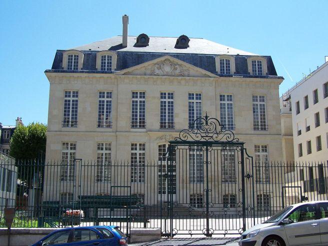 G. Boffrand. Hôtel Le Brun. París