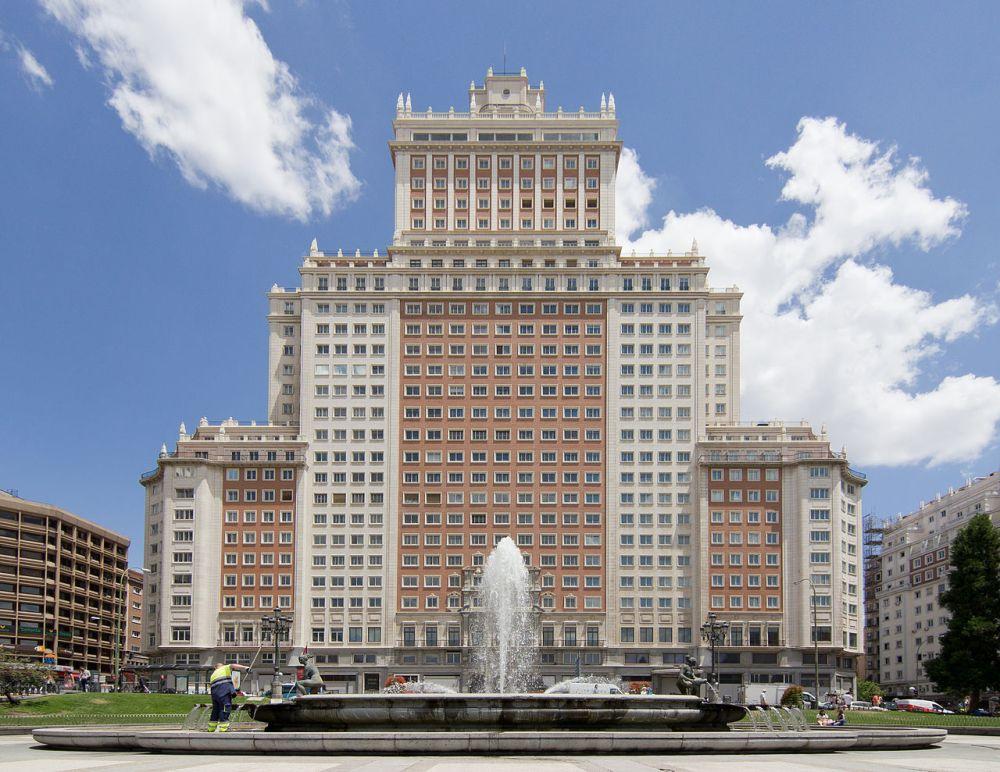 Edificio_España_-_05