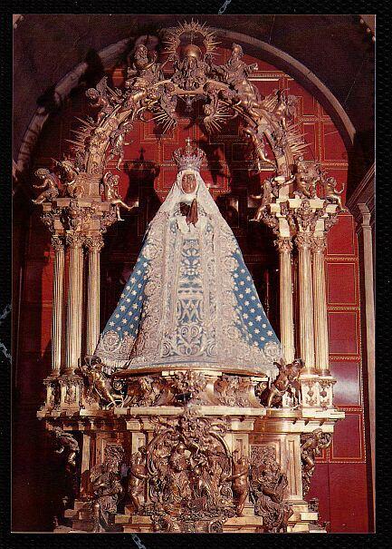 trono-virgen-del-sagrario