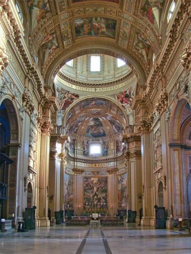 Interior de Sant'Andrea della Valle. Foto: Wikipedia
