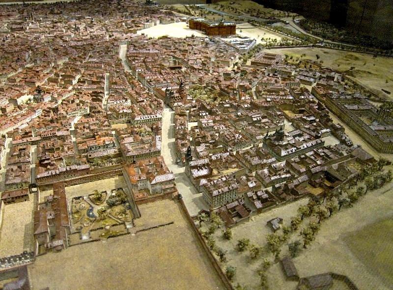 Calle ancha de San Bernardo, Puerta de Fuencarral y Parque de Monteleón en maqueta de León Gil de Palacio. foto: Bélok fotos