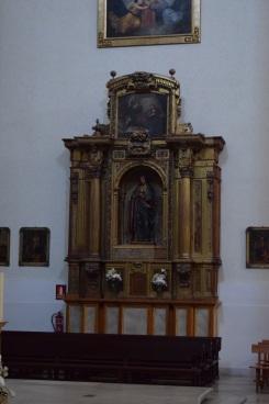 Retablo de la Inmaculada, ahora presidido por una talla de María Magdalena.