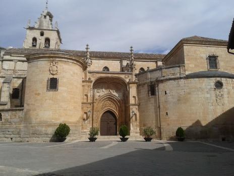 Iglesia de Torrelaguna. Detalle de la portada del lado sur.