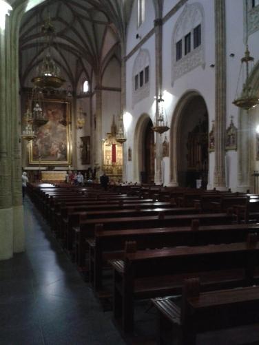 """Interior de la Iglesia de San Jerónimo """"el Real"""" de Madrid."""