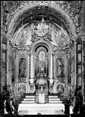 Retablo de Nuestra Señora del Buen consejo en la Colegiata de San Isidro. Foto: fototeca IPCE (archivo Moreno)