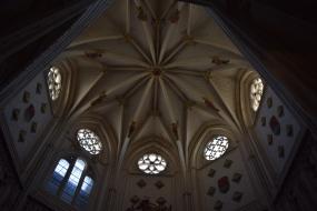 Hanequin de Bruselas. Bóveda estrellada de la capilla de Santiago. foto: cipripedia.