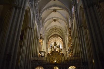 Catedral de Toledo. Nave central con el trascoro. foto: cipripedia.