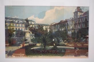 Moyse León e Isaac Lévy. Jardines en la Plaza Mayor, 1910. Reproducción de una fotografía coloreada. Museo de Historia, IN 1991/1/581