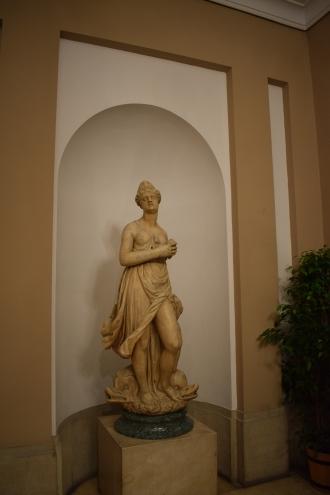 """Venus o """"Mariblanca"""". Escultura traída por Turchi y que presidía la fuente de la Puerta del Sol. Foto: @cipripedia."""