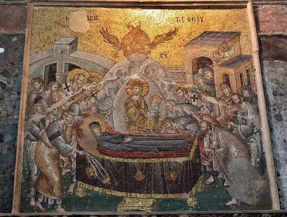 Tránsito de la Virgen. Mosaico de la iglesia de San Salvador de Chora. Estambul (Turquía) foto: wikipedia.