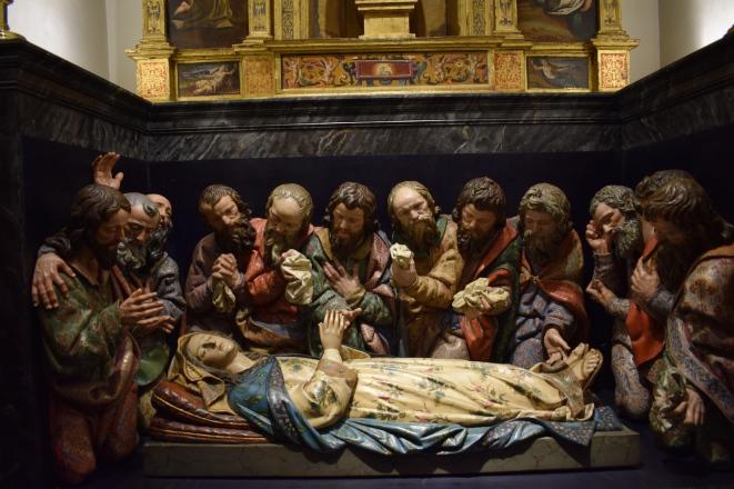 Grupo escultórico del tránsito de la Virgen. s. XVII. Colegiata de San Isidro en Madrid. foto: @cipripedia.